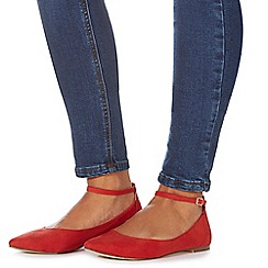 Faith - Red 'Ally' pointed shoes
