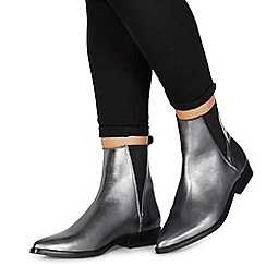 Faith - Silver leather 'Bilver' ankle boots
