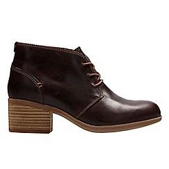 Clarks - Dark tan 'Maypearl Flora' ankle boots
