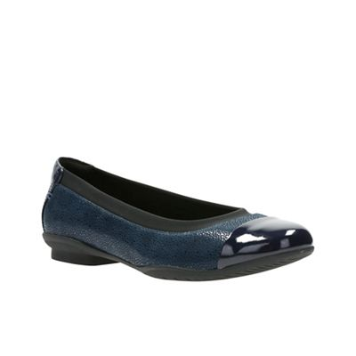 Best Place To Buy Online Clarks Neenah Garden Cap Toe Ballet Flat(Women's) -Black Nubuck/Patent Leather Free Shipping Real Cheap Sale Fashion Style Real For Sale Release Dates For Sale NBzOsU86U
