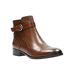 Clarks - Tan leather' NETLEY OLIVIA' ankle boots