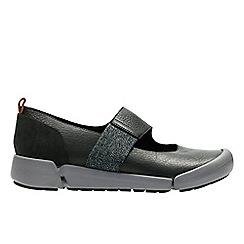 Clarks - Black leather 'tri ava' slip-on trainers