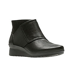 Clarks - Black 'Caddell Rush' boots