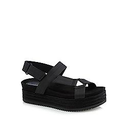 Call It Spring - Black 'Piresien' mid platform heel ankle strap sandals