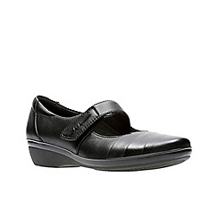Clarks - Black leather 'Everlay Kennon' shoes
