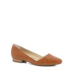 Hush Puppies - Tan leather 'Jovanna Phoebe' pumps