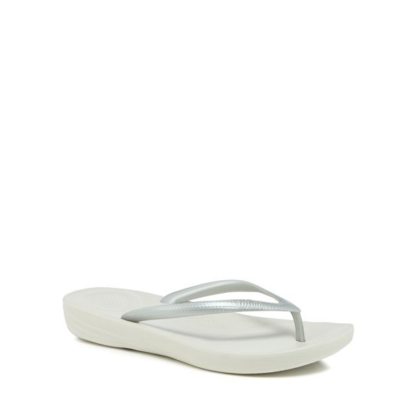 Silver IQushion IQushion flops Silver FitFlop Silver FitFlop flops flip flops flip flip FitFlop IQushion FitFlop ARaqfPnTw