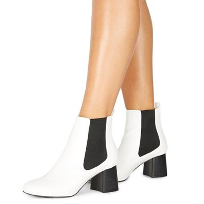 Faith   White 'bite' Mid Block Heel Chelsea Boots by Faith