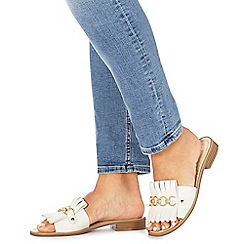 Faith - White 'Jingle' slip-on sandals