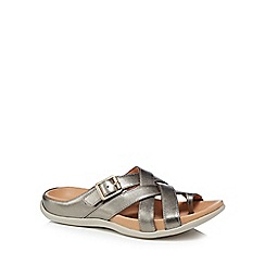 Strive - Silver leather 'Montauk' sandals