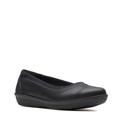Clarks - Black 'Ayla' slip-on shoes