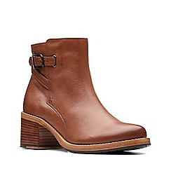 Clarks - Brown leather 'Clarkdale Jax' mid block heel ankle boots
