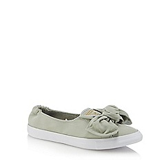 Converse - Olive 'Chuck Taylor All Star' slip-on trainers