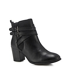 Lotus - Black leather 'Taggerty' mid block heel ankle boots
