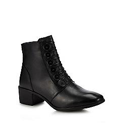 Lotus - Black 'Meric' mid block heel ankle boots