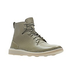 Clarks - Natural nubuck 'Hale Rise' boots