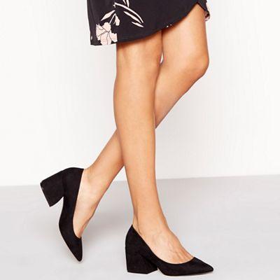 Faith - Black suedette 'Chase' mid block heel court shoes