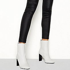 Faith - White 'Betty' high heel boots