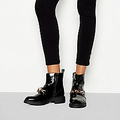 Faith - Black 'Bar' chain detail ankle boots