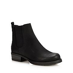Call It Spring - Black 'Eowigollan' Block Heel Chelsea Boots