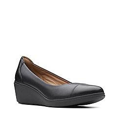 Clarks - Black leather 'Un Tallara Dee' mid wedge heel court shoes