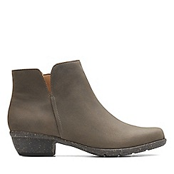 Clarks - Taupe leather 'Wilrose Frost' mid block heel slip-on boots