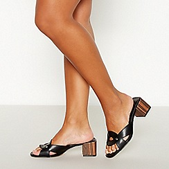Faith - Black 'Dyer' Block Heel Sandals
