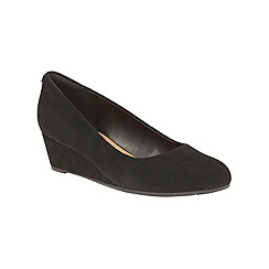 Clarks - Black leather 'Vendra Bloom' mid wedge heel court shoes