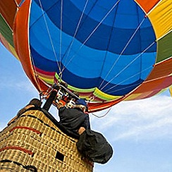 Activity Superstore - Champagne Balloon Flight gift experience for 2