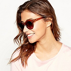 3fd0853c8af Mantaray - Toffee embossed square sunglasses