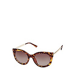 Seafolly - Brown cat eye sunglasses with metal temples