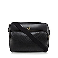 Fred Perry - Black pique shoulder bag