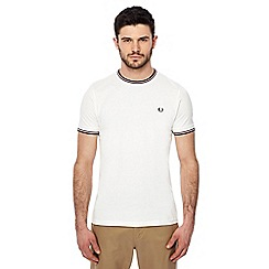 Fred Perry - White embroidered logo tipped t-shirt