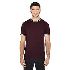 Fred Perry - Maroon embroidered logo tipped t-shirt