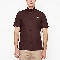 Fred Perry - Maroon twill short sleeve regular fit shirt