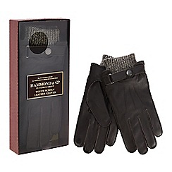 Hammond & Co. by Patrick Grant - Dark brown touch screen leather gloves in a gift box