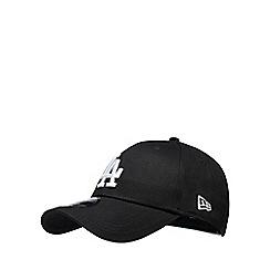 Yankee - Black 'LA' embroidered baseball hat