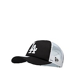 Yankee - Black and white 'LA' embroidered baseball hat