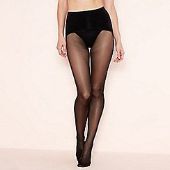 Aristoc - Black 15 denier 'Ultimate' seamless sheer matt tights