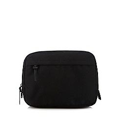 Red Herring - Black wash bag