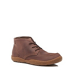Hush Puppies - Brown leather 'Finnian Sway' chukka boots
