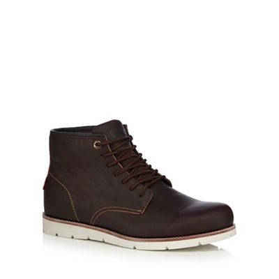 Online ExclusiveLevi's - Dark brown leather 'Jax' lace up boots