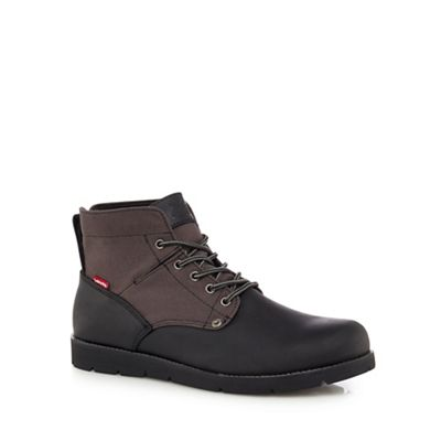 Online ExclusiveLevi's - Black leather 'Jax' lace up boots