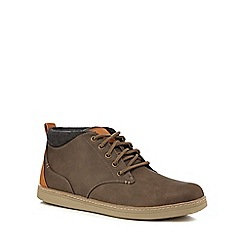 Skechers - Light brown chukka boots