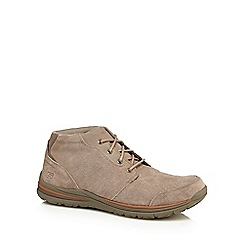 Skechers - Taupe suede 'Superior' chukka boots