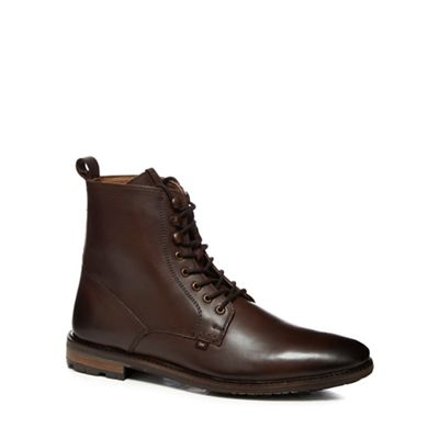 Online ExclusiveBen Sherman - Brown leather 'Earl' lace up boots