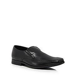 Clarks - Black leather 'Acre Out' slip-on shoes