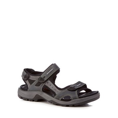 ECCO - Black 'Offroad' sandals Fashionable and eye-catching shoes