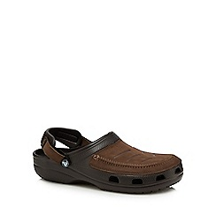 Crocs - Brown leather 'Yukon' sandals