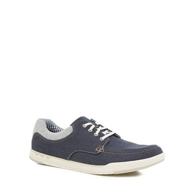 Clarks - Navy canvas 'Isle' trainers